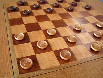 шашки игра